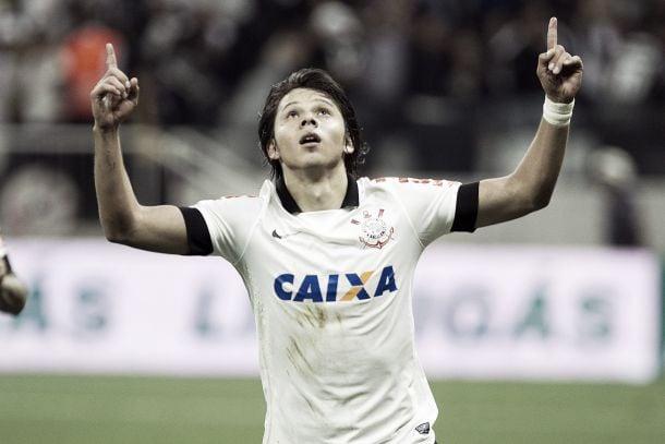 Romero volta a marcar pelo Corinthians e é elogiado pelo técnico Tite