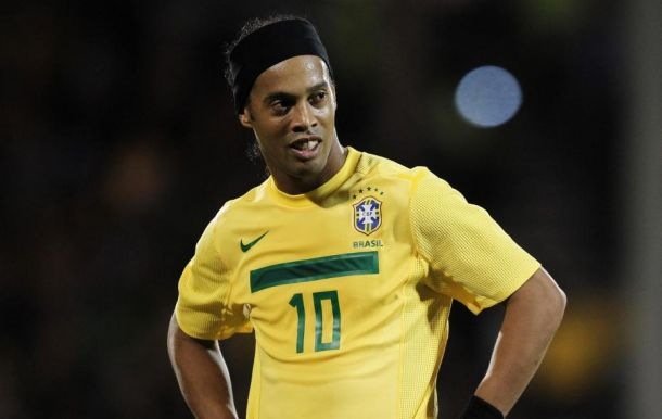 Ronaldinho : stop ou encore ? (crédit-photo : melty.fr)