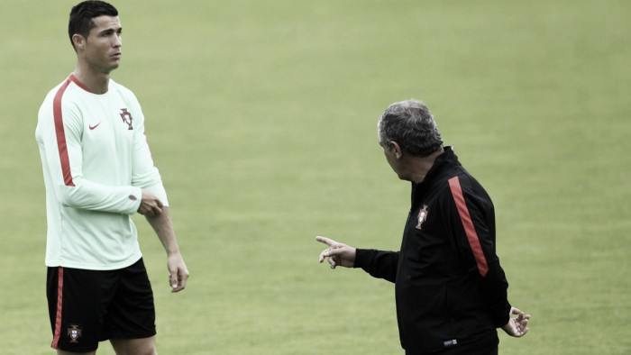 Cristiano Ronaldo can handle the pressure, says Fernando Santos
