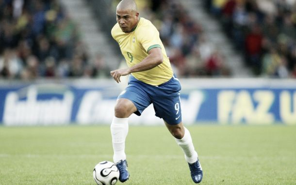 Sonetos del fútbol: Ronaldo Nazario