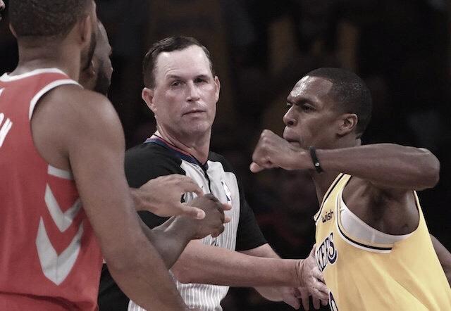 Lakers y Rockets llegan a las manos en un duelo de alto voltaje
