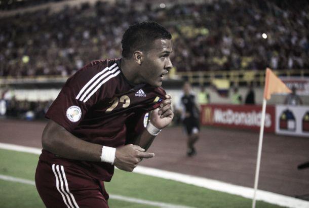 Venezuelano Rondón troca Rubin Kazan pelo Zenit