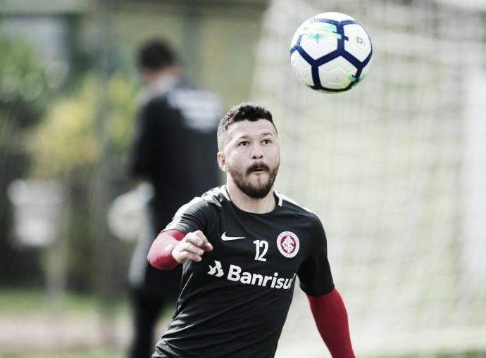 Vasco aguarda liberação doShenzhen FC para acerto com atacante Rossi