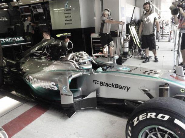 Nico Rosberg marca la pauta en el debut de Rusia en la Fórmula 1