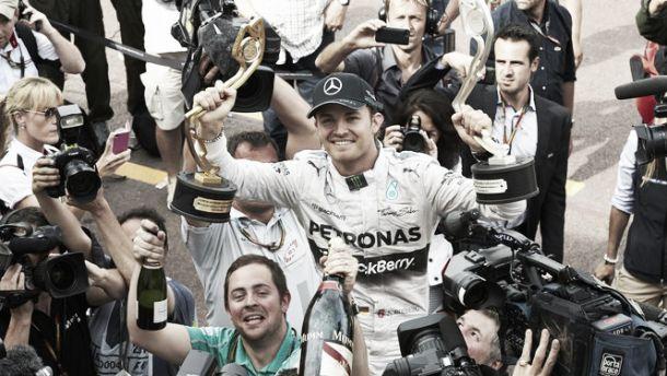 Rosberg assina novo contrato de três anos com a Mercedes