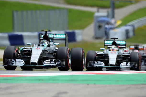 F1, Gp di Silverstone 2015: Mercedes, a chi la Corona d'Inghilterra?