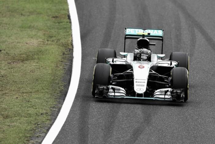 Rosberg conta com péssima largada de Hamilton, vence no Japão e dispara na liderança da F1