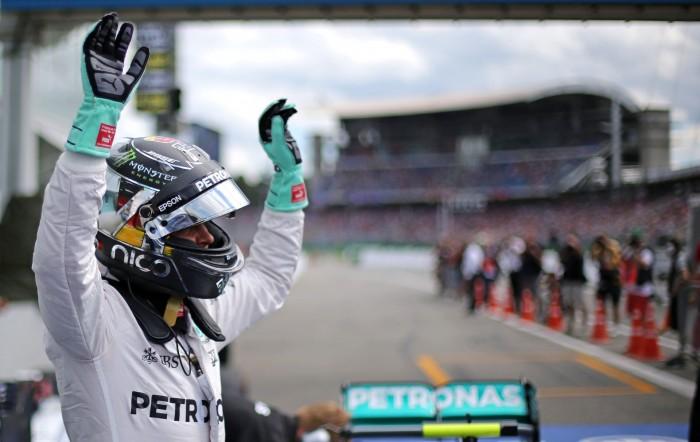 Com pane elétrica Nico Rosberg marca pole em Hockenheim