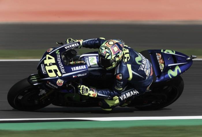 Valentino Rossi sufre una lesión de tibia y peroné