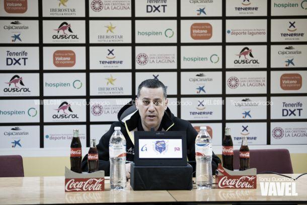 """Alejandro Martínez: """"Se puede criticar pero no pasar al insulto"""""""