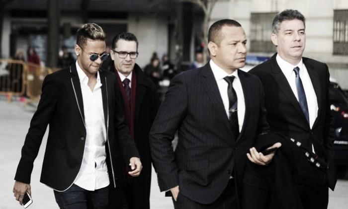 Neymar, Santos e Barcelona mais uma vez são alvos da Promotoria Espanhola