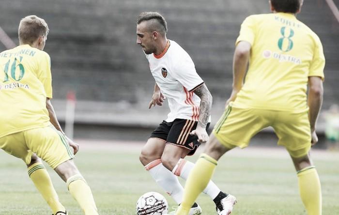 Valencia goleia aniversariante FC Ilves na Finlândia com tranquilidade