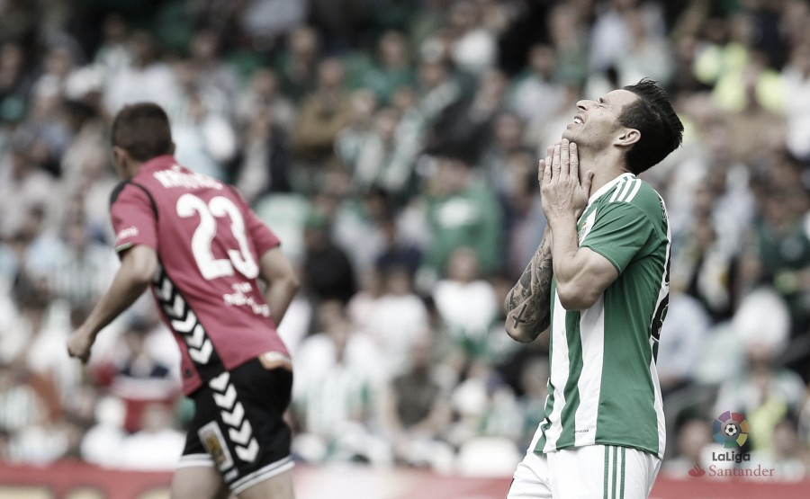 Ruben Castro podría perderse su propio homenaje