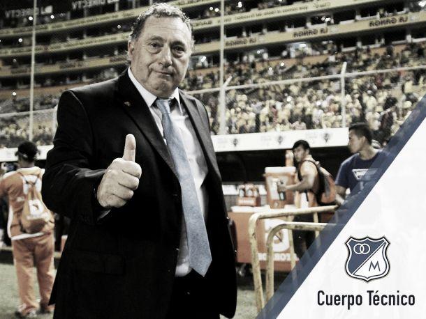 Rubén Israel es oficialmente el nuevo técnico 'embajador'