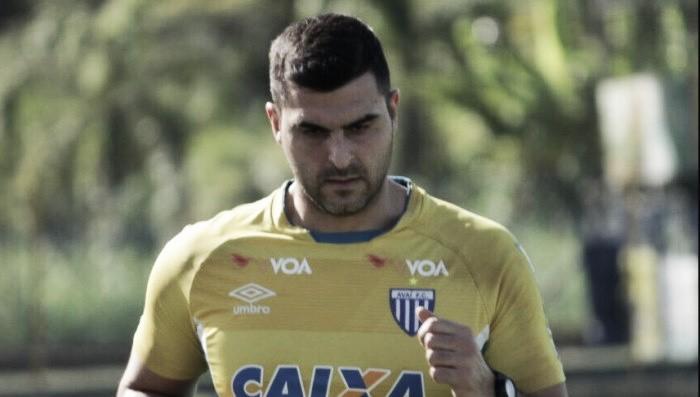 6984d421be Goleiro Rubinho é confirmado como quarto reforço do Avaí para temporada 2018