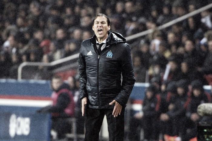 Rudi Garcia se diz satisfeito com empate no clássico contra PSG