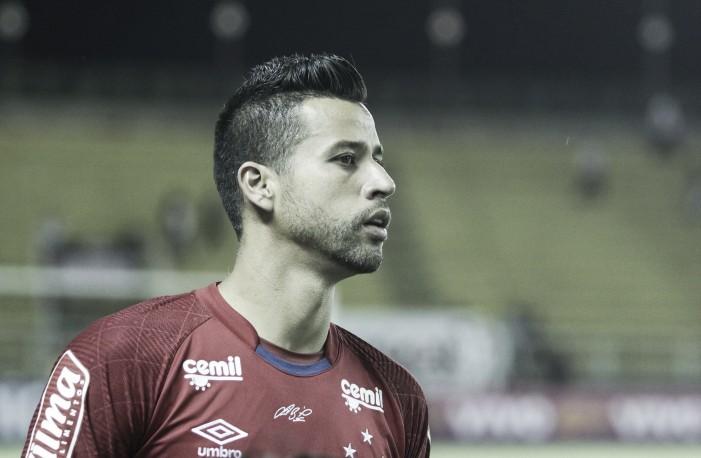 """Fábio comenta favoritismo 'negado' ao Cruzeiro ao longo do ano: """"Futebol não é com palavras"""""""
