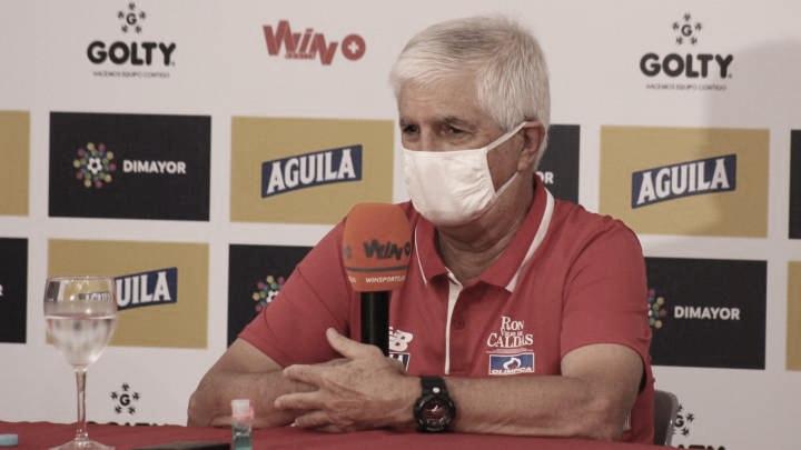 """Julio Comesaña: """"Vamos a apelar a cosas sencillas, que se adapten a los jugadores que tenemos"""""""