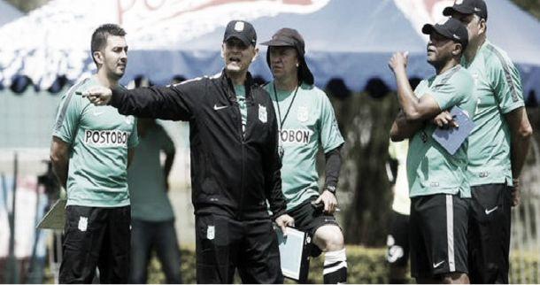 Reinaldo Rueda sigue sorprendiendo con sus entrenamientos