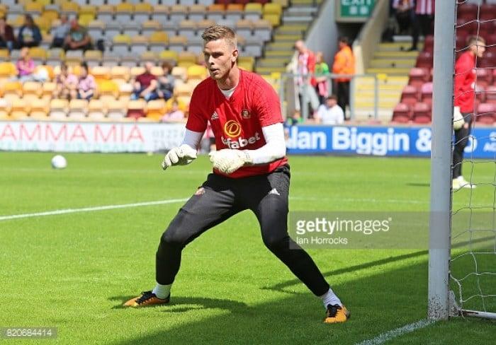 Goalkeeper Robbin Ruiter joins Sunderland on a free transfer
