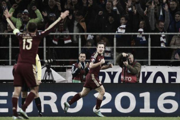Girone G: la Russia vince e accompagna l'Austria in Francia. Svezia vincente ma agli spareggi