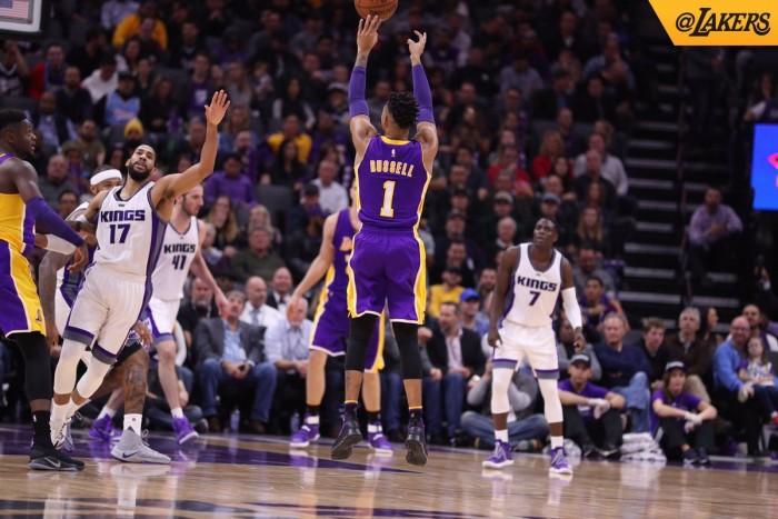 NBA - Dieci partite nella notte, in campo Spurs, Rockets, Raptors. Cavaliers decimati a Memphis