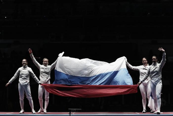 Rússia confirma topo do quadro de medalhas da Esgrima ao ganhar ouro no penúltimo dia do esporte