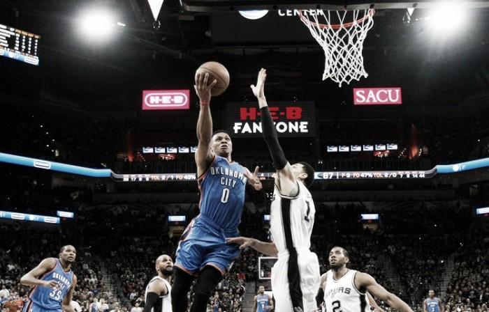 Nba playoffs, primi aggiustamenti nella serie tra Spurs e Thunder