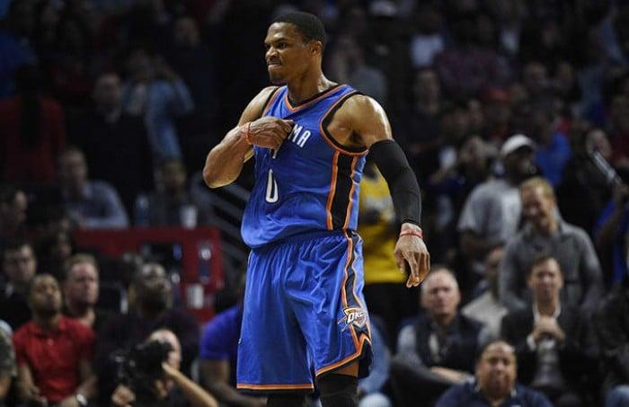 Nba: mostruoso Westbrook, Clippers al tappeto