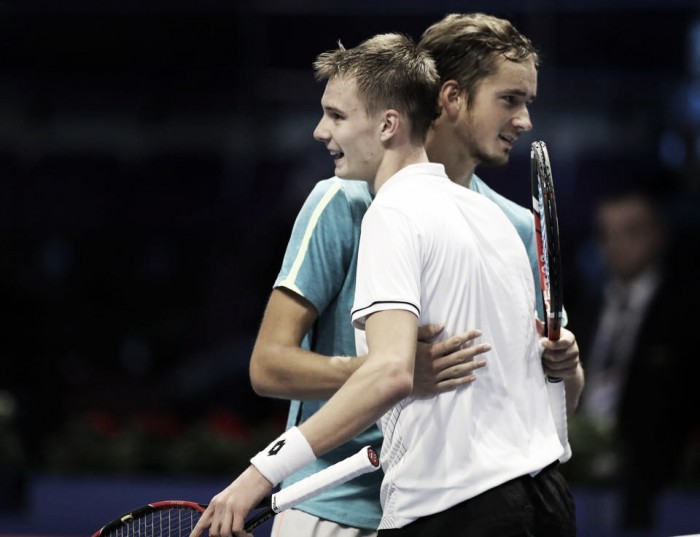 ATP St. Petersburg: Spaniards struggle on day two