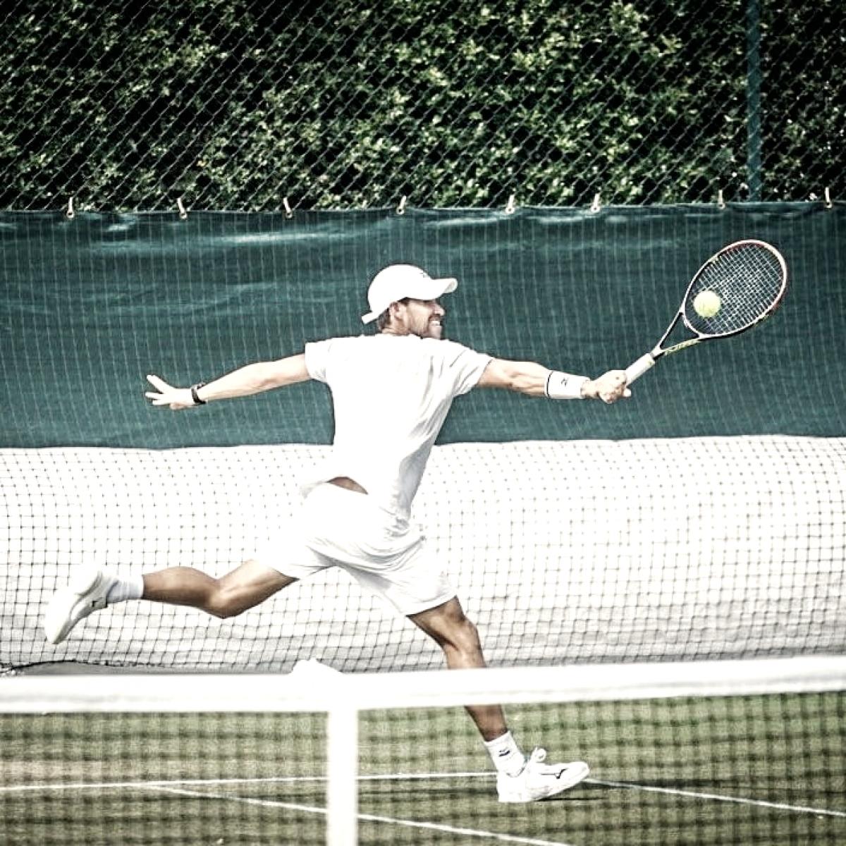 Micky debuta con victoria en Wimbledon