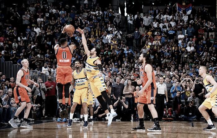 NBA, Westbrook da record a Denver. Phoenix batte i Mavs