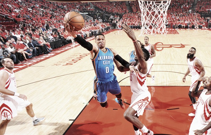 NBA playoffs, Westbrook e i Thunder si arrendono in gara-5 a Houston (105-99)