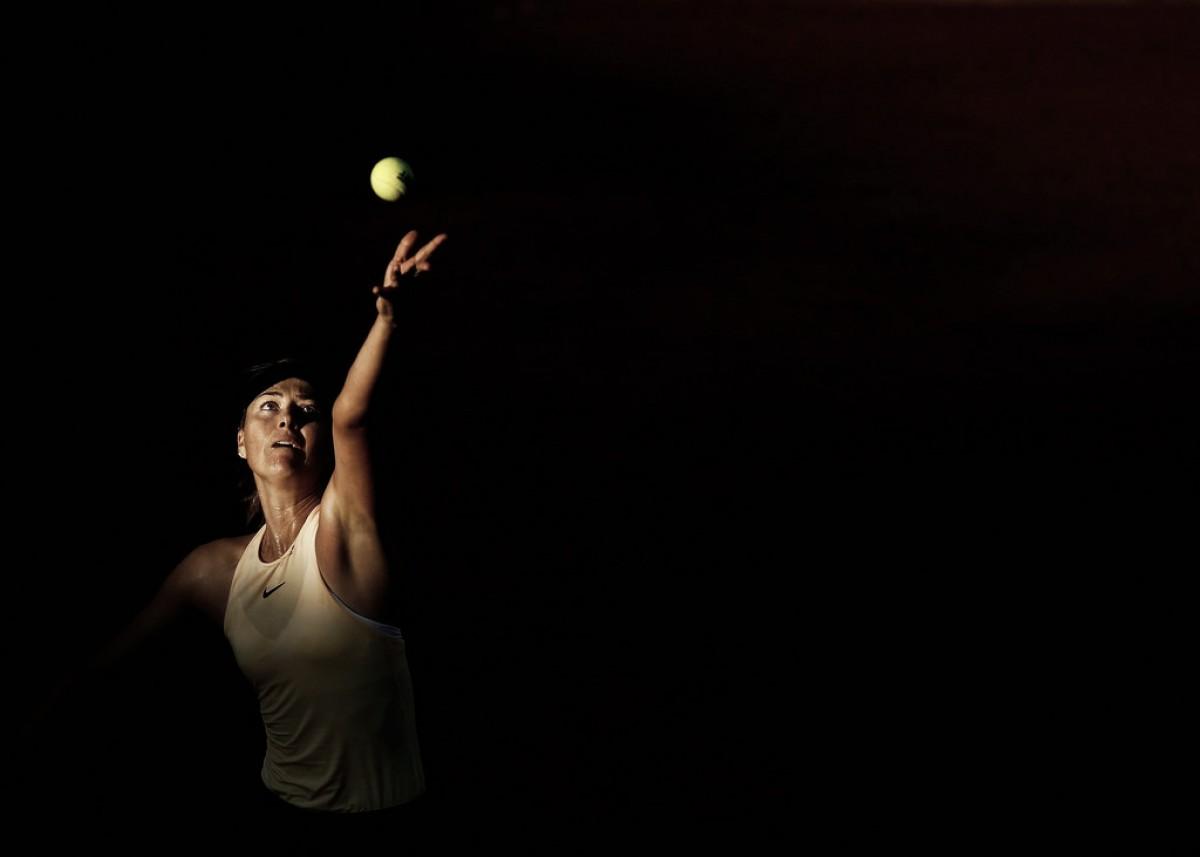 Sharapova sobrevive en la montaña rusa