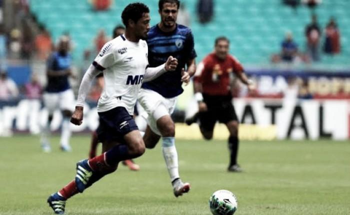 Londrina marca golaço no fim, vence Bahia e conquista primeira vitória fora de casa