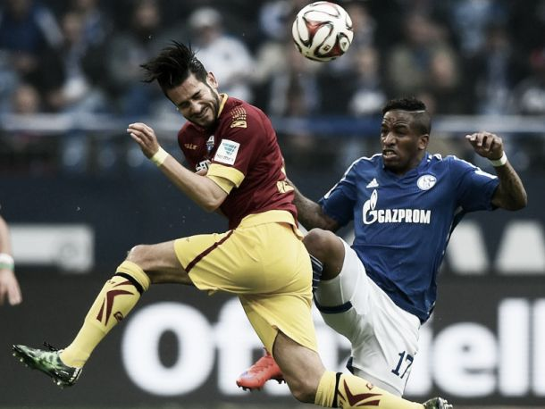 FC Schalke 04 1-0 SC Paderborn 07: Hünemeier's own-goal gives hosts three points at the death