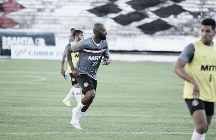 Com Grafite e Léo Lima de titulares, Santa Cruz treina para duelo contra Guarani