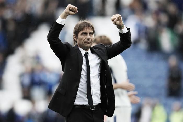"""Antonio Conte comemora sequência de vitórias do Chelsea: """"Na Inglaterra, não é fácil vencer"""""""