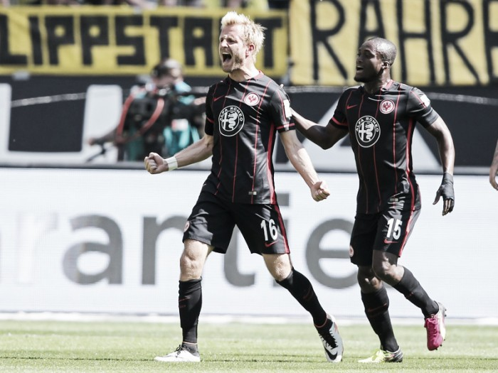 Eintracht Frankfurt 1-0 Borussia Dortmund: Aigner helps Eagles move out of relegation zone