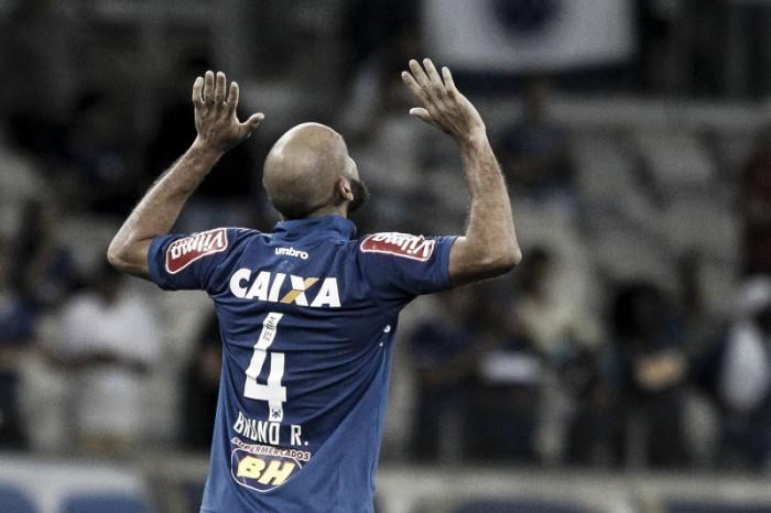 Cruzeiro volta a vencer Botafogo e avança na Copa do Brasil