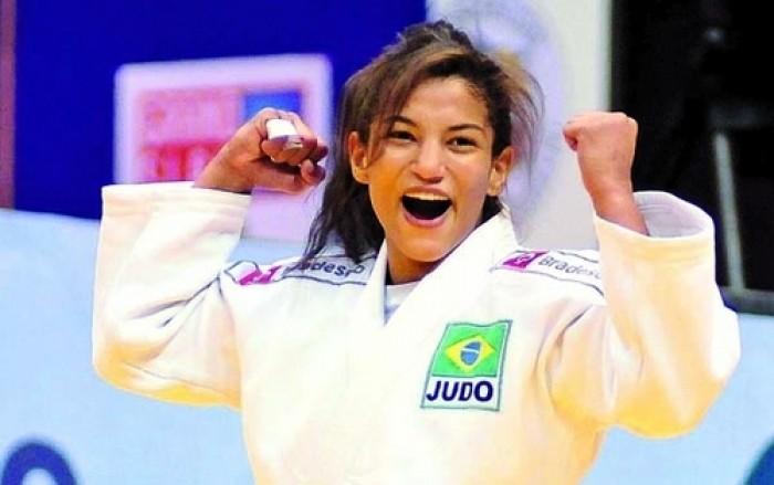 Judô: Favorita ao ouro, Sarah Menezes vence luta de estreia no Rio 2016