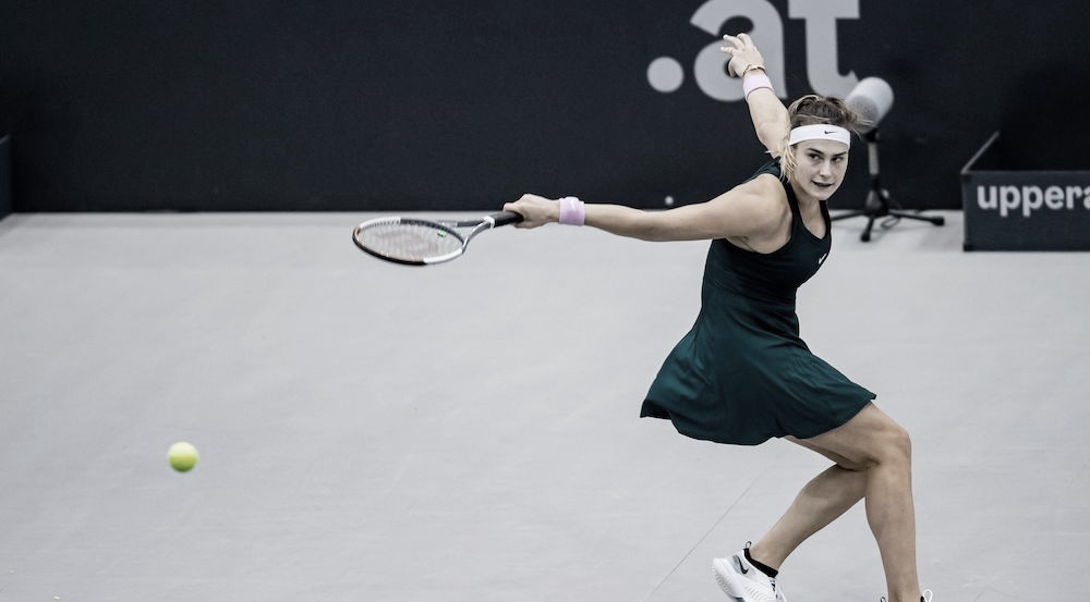 Sabalenka supera jogo disputado com Krejcikova e vai à decisão em Linz
