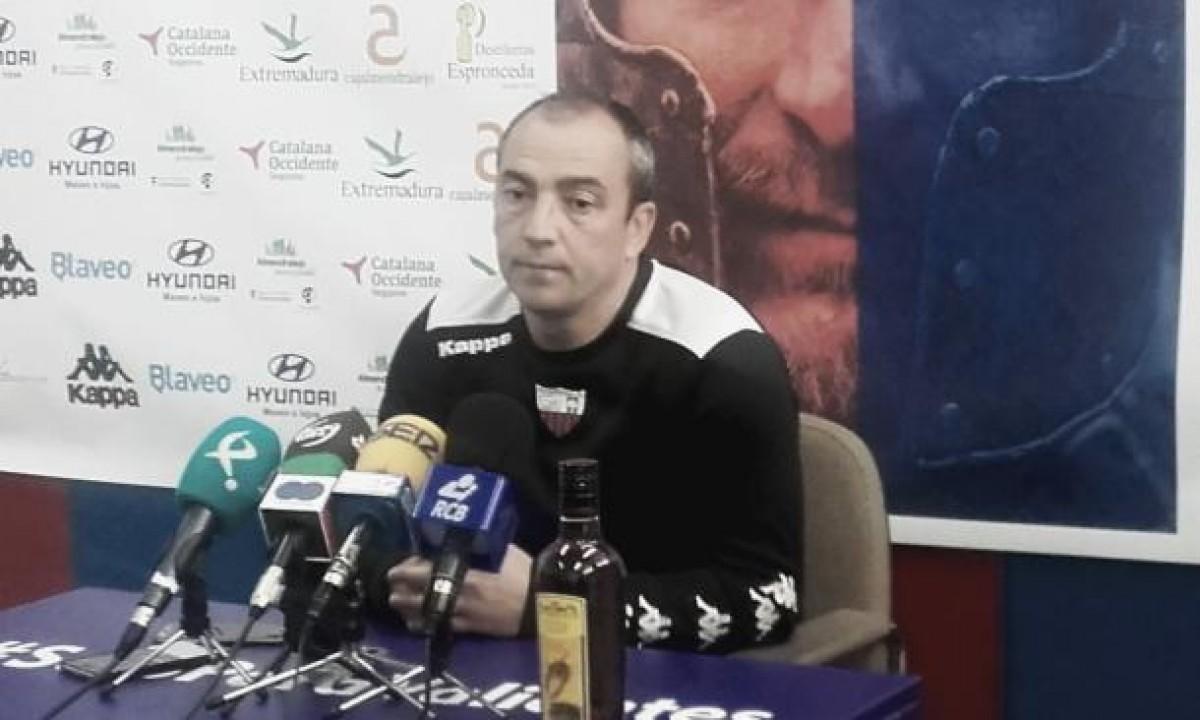 Martín Vázquez, destituido. Regresa Sabas