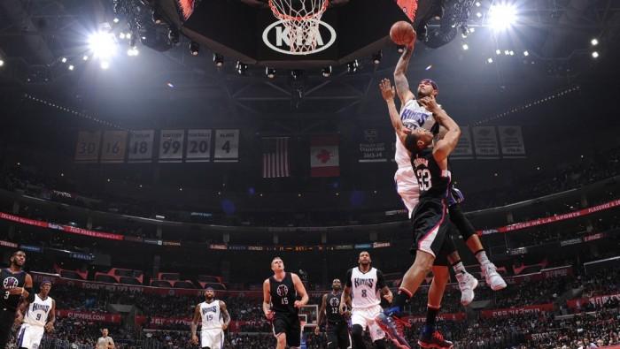 NBA - Vittorie agevoli per Milwaukee e Utah, impresa Sacramento a Los Angeles