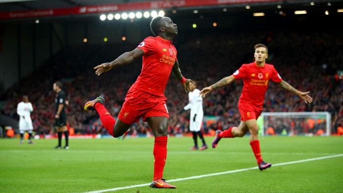 Sei gol per il primato: Liverpool dilagante contro il Watford (6-1)