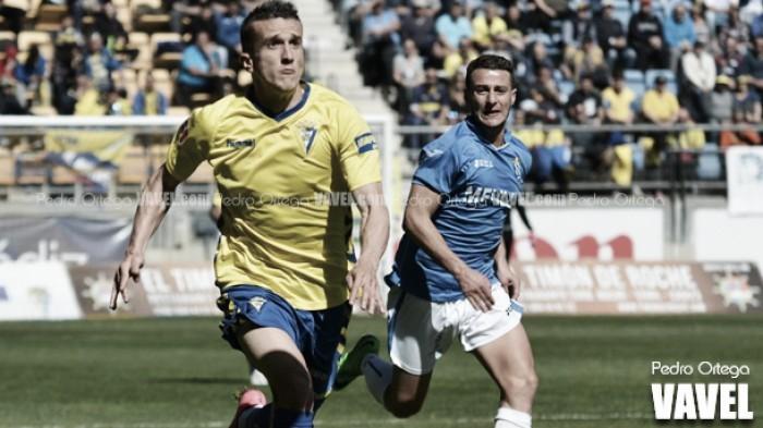 Salvi renueva cuatro años con el Cádiz CF