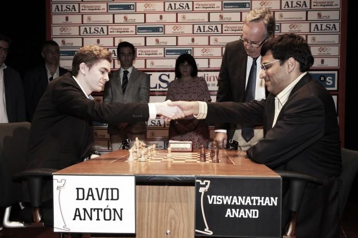 Anand espera rival