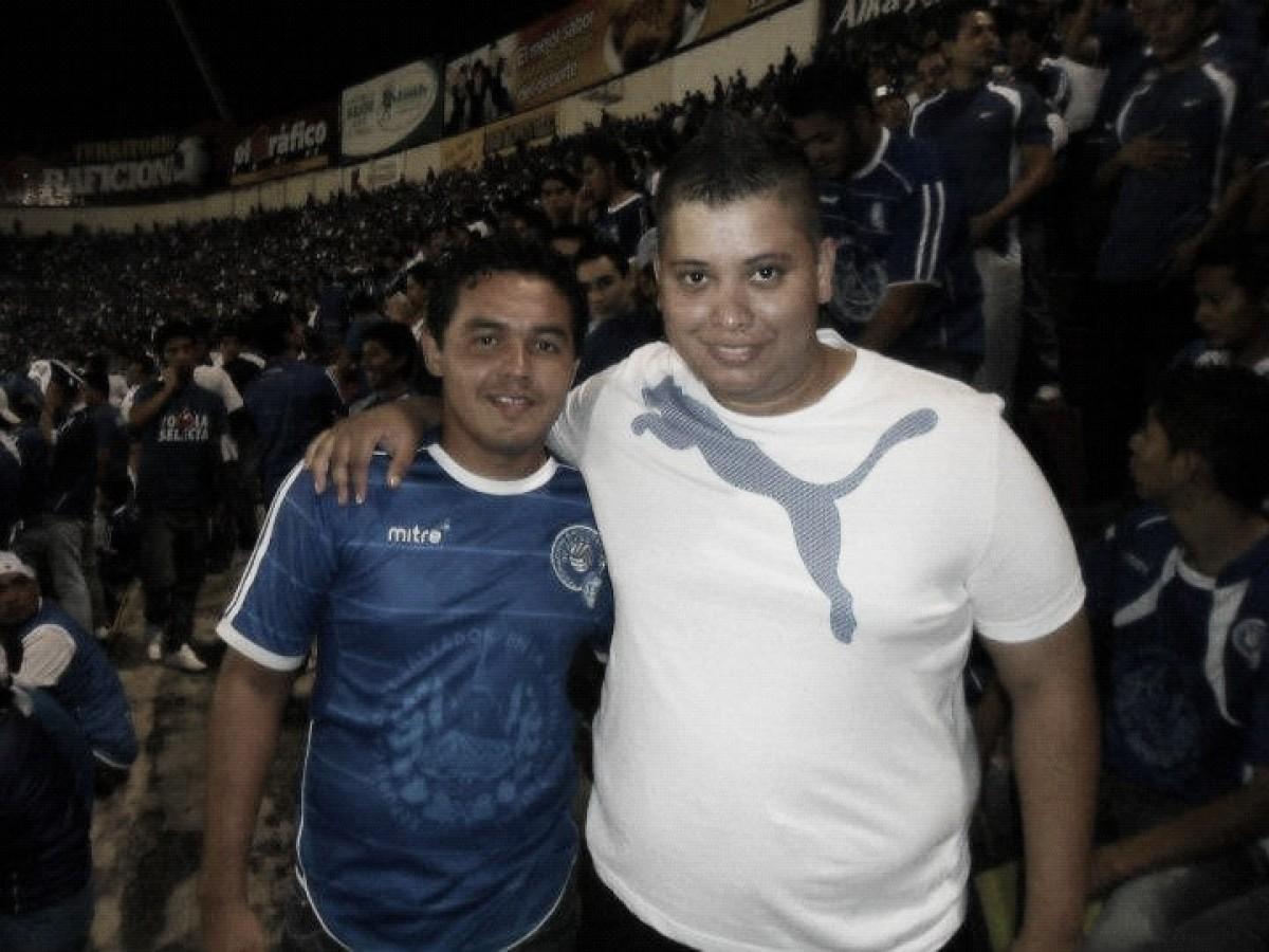 Sem holofotes, empresário carioca conta como atua no futebol de El Salvador