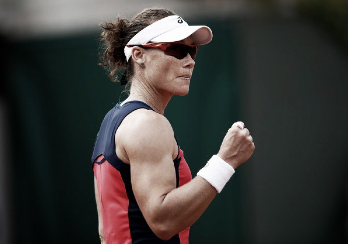 Sam Stosur crashes out of French Open