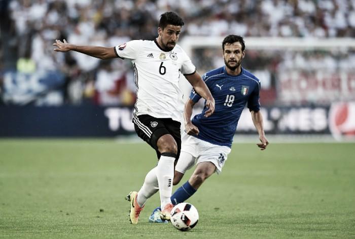 Khedira e Mario Gómez se machucam diante da Itália e estão fora da Eurocopa